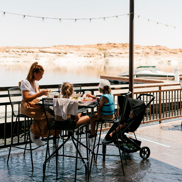 Restaurant on Lake Powell Antelope Point Marina